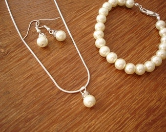 3 Popular Pearl Necklace, Earrings and Bracelet Bridesmaids Jewelry Sets