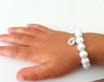 2 Flowergirl Initial Pearl Bracelets as Gifts -bracelet, weddings, flowergirl jewelry, flowergirl bracelet