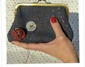 Buttons clutch