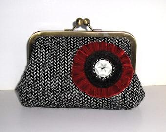Poppy clutch -Christmas