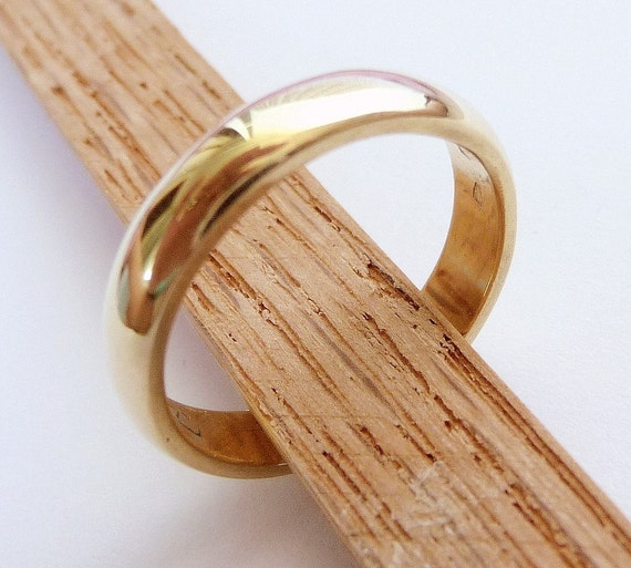 Gold Wedding Band womens mens wedding band classic ring solid gold with polished shiny finish men woman