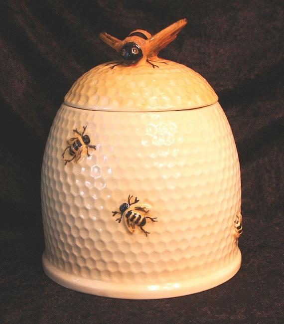 Beehive onion