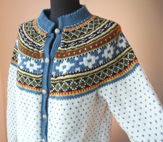 WARM and COZY Vintage Fair Isle Cardigan Sweater, From Norway, Cream, Blue Olive Green Brown, Yellow, Red, Women's Size Medium