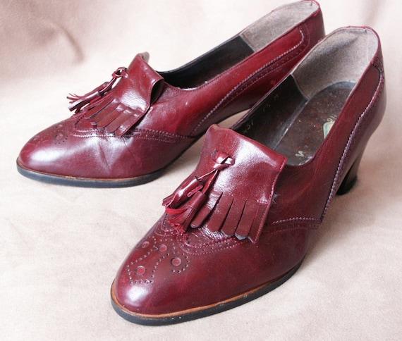 Vintage 70's  Oxfords, Kiltie Style, Menswear, Maroon or Burgundy Leather, Women's Size 7.5
