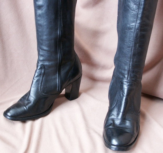 Tall Black Leather Boots, Vintage 80's, Medium Heel, Women's Size 8 to 8.5