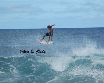 Surfing the Banzai Pipeline II