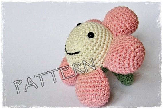 Crochet Amigurumi Flowers : Crochet PATTERN Amigurumi Flower pdf