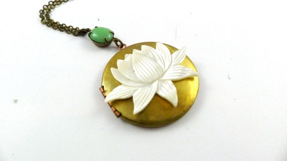 Vintage Lotus Flower Locket, Mint green and Mother of Pearl, Perfect Mothers Day Gift