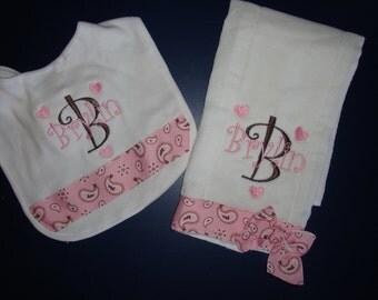 Pink Paisley Personalized Bib and Burp Cloth Baby Gift, Baby Gift Set, Baby Bib, Burp Cloth, Girl Baby Gift, Baby Girl Gift Set, Baby Shower