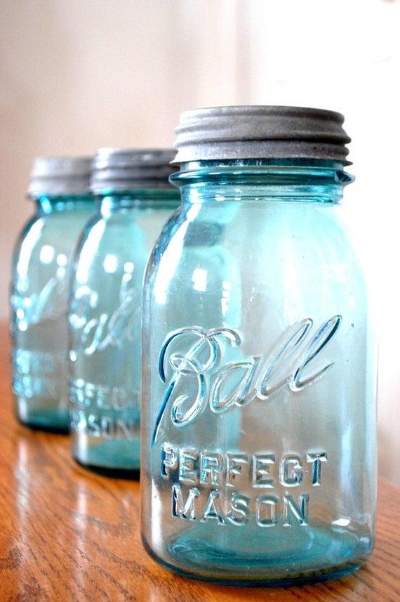 2 blue ball mason jars genuine vintage by thepathlesstraveled. Black Bedroom Furniture Sets. Home Design Ideas