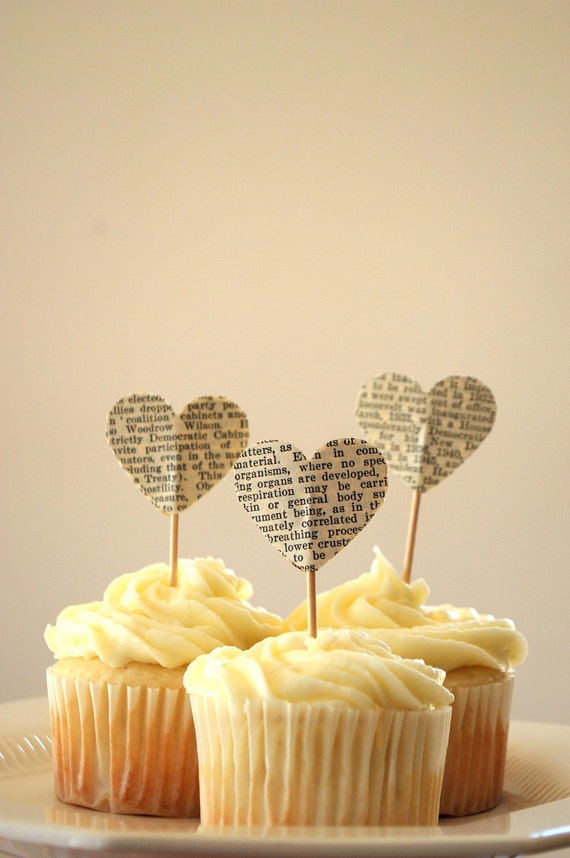 10 Cupcake Toppers That Wow blog image 4