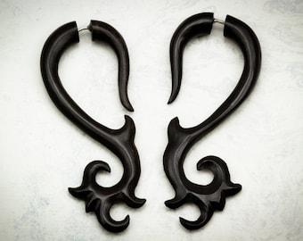 Fake Gauges, Handmade, Horn Earrings, Cheaters, Organic, Plugs, Split, Tribal Style - Elan Curls Horn