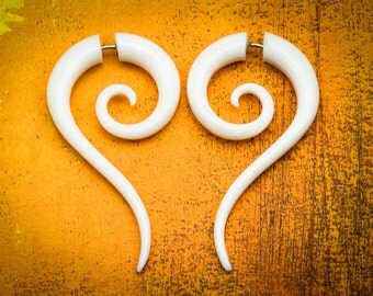 Fake Gauges, Fake Plugs, Handmade Bone Earrings, Tribal Style -  Sahara Spiral Tails