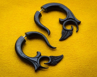 Fake Gauges, Fake Plugs, Handmade Horn Earrings, Tribal Style - Small Kalila Curls