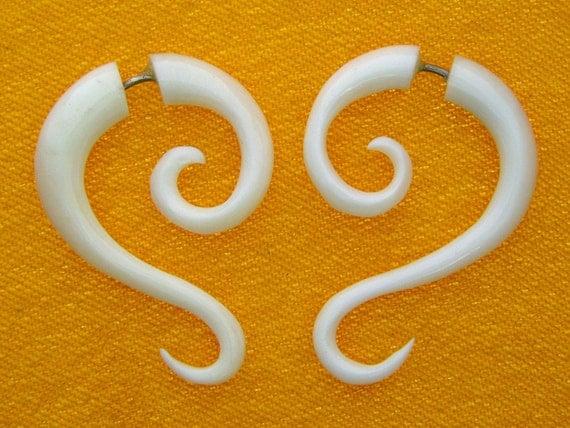 Fake Gauges, Handmade, Bone Earrings, Cheaters, Organic, Plugs, Split, Tribal Style - Inaya Curls Bone