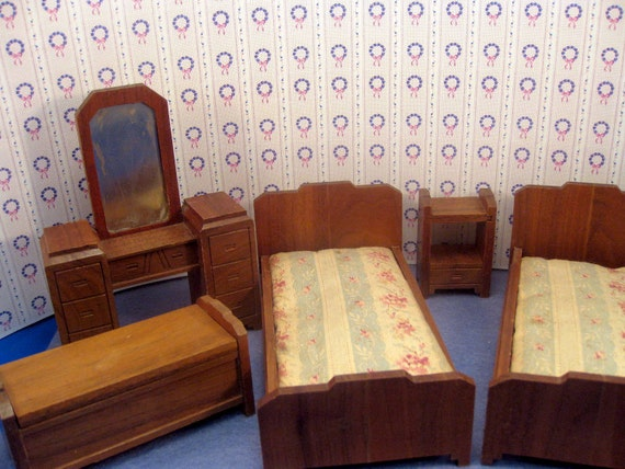 Antique Strombecker Dollhouse Furniture Bedroom Set