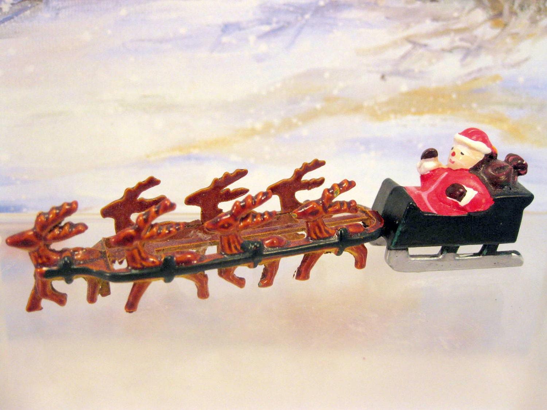 Miniature Santa Sleigh Reindeer Figurine Dollhouse
