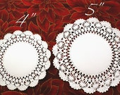 25 MEDIUM Fancy 5 inch round paper doilies edged with SEASHELL lace & solid center - for decorating, gift wrapping, food, scrapbooking