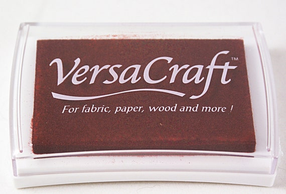 BRICK RED Tsukineko brand VERSACRAFT Pigment Ink Pad fabric, paper, wood, leather, unglazed ceramic, paper mache and shrink plastic