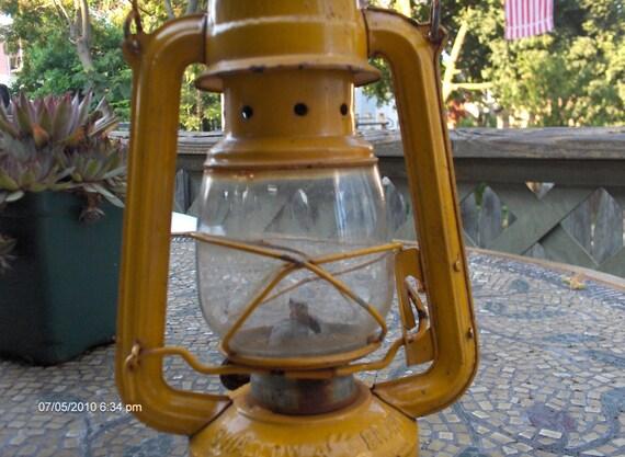 Vintage Kerosene Lamp Lantern Swallow Brand China
