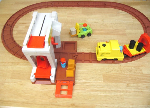 Fisher Price Vintage Lift and Load Railroad