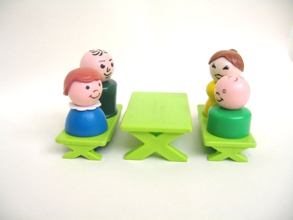 Vintage Fisher Price Picnic Table and Family