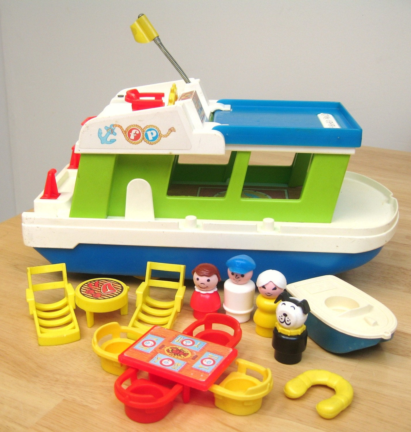 vintage fisher price houseboat. Black Bedroom Furniture Sets. Home Design Ideas
