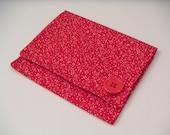 Red Vine Print Tea Bag Wallet