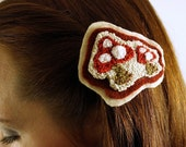 Punch Needle Toadstool Mushroom Barrette Hair Pin Hair Clasp Forest Woodland Cream Red and White Polka Dot Embroidery Hand Dyed Felted Wool