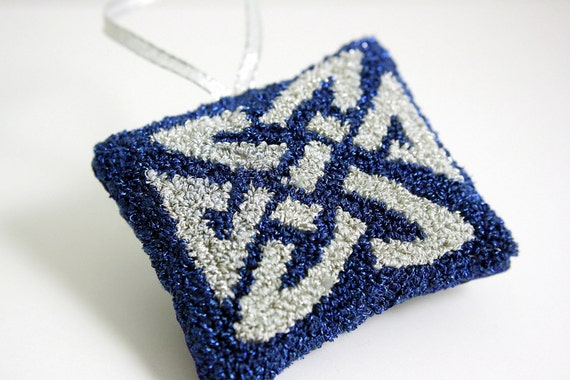 Irish Knot Christmas Tree Ornament. Celtic Knot. Silver and Blue. Glitter. Punch Needle Embroidery. Stuffed with Maine Balsam Fir.