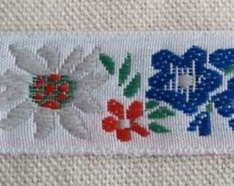 White ALPINE Garden Ribbon