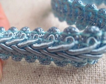 LIGHT BLUE french scroll trim