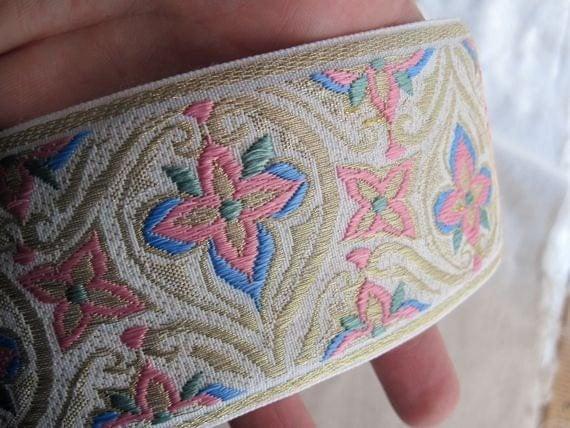 wide Jacquard ribbon PRINCESS ISABELLE pink