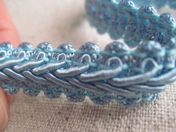 LIGHT BLUE french scroll trim