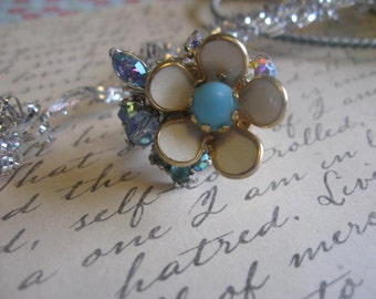 vintage flower old ooak flower and rhinestone collage ring. Chilly