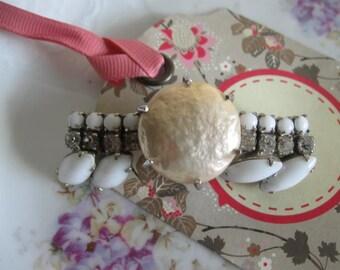 Velvet.vintage baroque pearl and vintage milkglass barrette