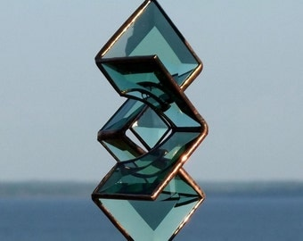 3D Green Beveled Glass Sundrop Star Suncatcher Sculpture with Copper Lines