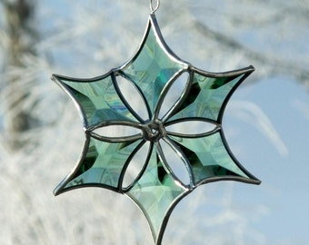 3D Green Beveled Stained Glass Snowflake Suncatcher Ornament with Silver Lines