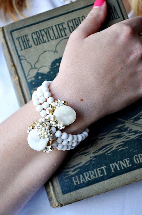 Vintage Bracelet 1950s White Glass and Rhinestones