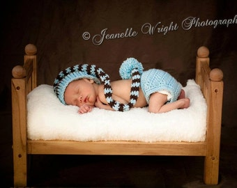 Newborn Long Tail Hat and Diaper Cover set, crochet pattern, photo prop or gift