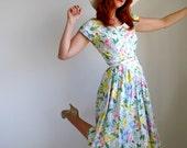 Spring Dress. Floral Dress. Blue Pink. Romantic Fashion. Spring Fashion. Mad Men Office. Shabby Chic. Summer Fashion