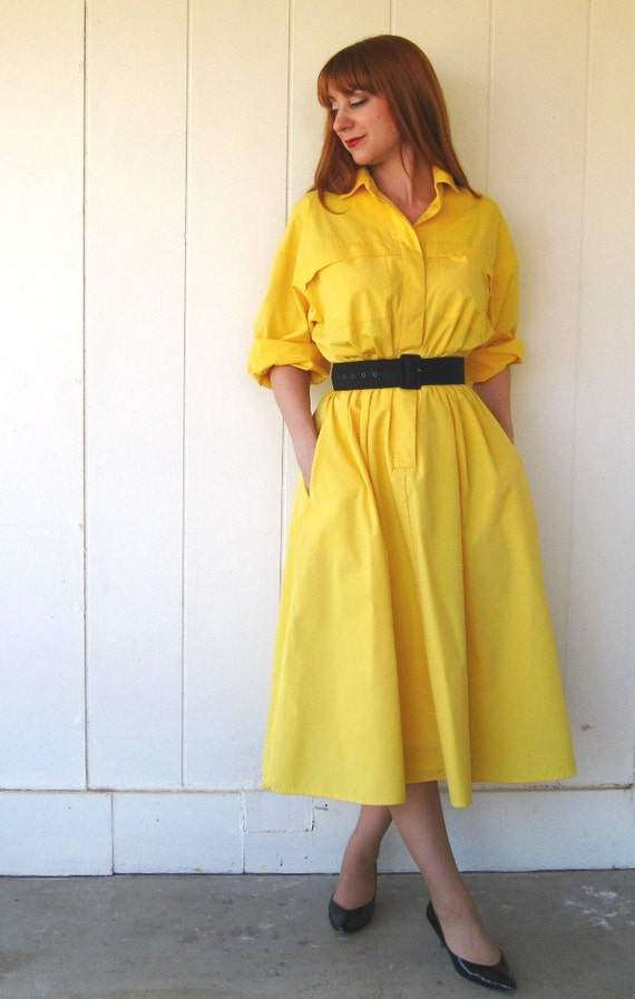 30% Off Sale--Vintage 1970s Yellow Sunshine Shirtdress