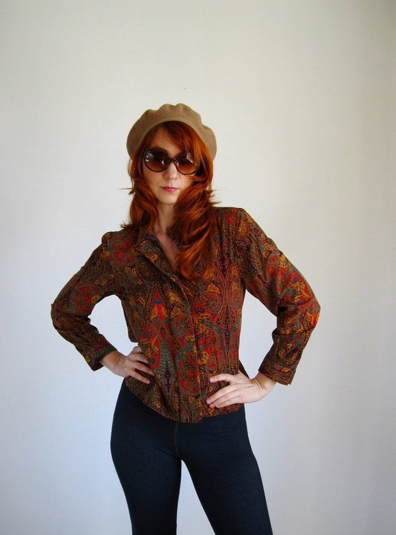 Sale - 1970s Brown Red Paisley Print Blouse. Office Fashion. Hipster. Boho. Fall Fashion. Spring Fashion. Size Medium