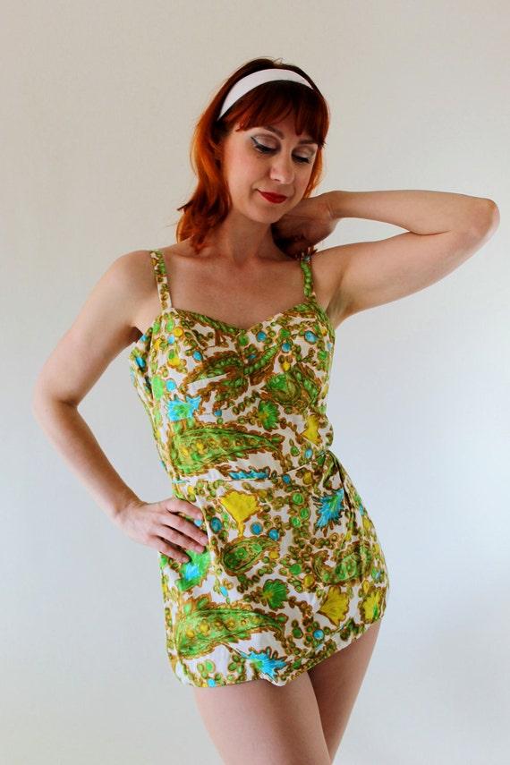 Vintage 1950s Green Blue Pin-Up Girl Swimsuit. Mad Men Fashion. Summer. Swimwear. Beach. Size Medium