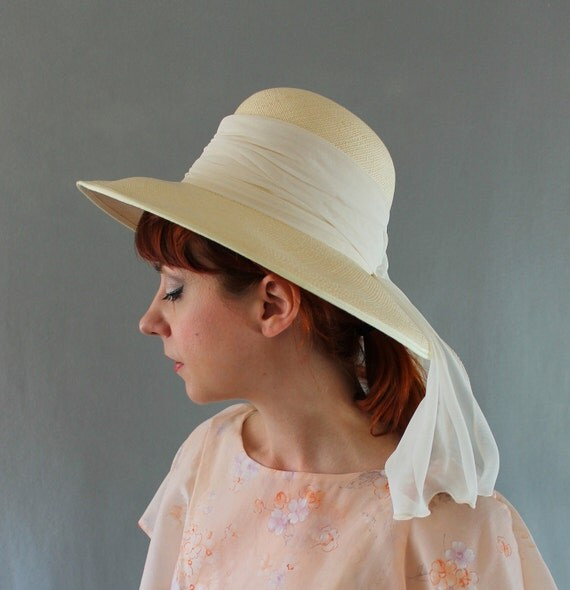 Cream Straw Hat. Derby Hat. Spring Fashion. Summer Fashion. Cottage Chic. Romantic. Audrey Hepburn