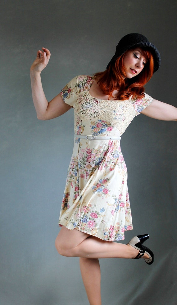 RESERVED for Ruth--Beige Pink Floral Dress. Boho. Spring. Lace Fashion. Summer Fashion. Day Dress. Size Medium