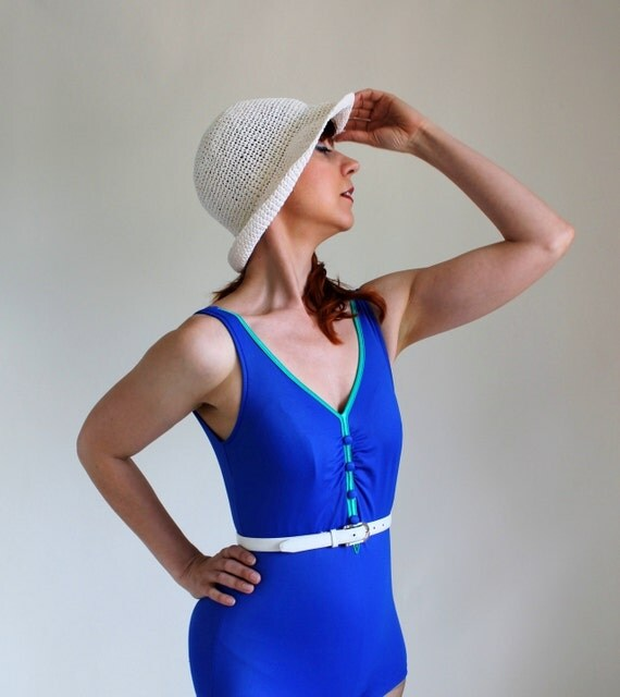 Clearance Sale - 1970s Royal Blue Pin-Up Swimsuit. Summer. One Piece. Size Medium