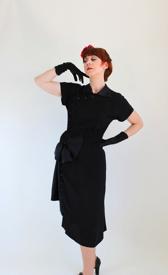 Christmas In July Sale - 1940s Black Dress. Bow. Evening. Cocktail Dress. Hollywood Regency. Summer. Fall Fashion. Size Medium