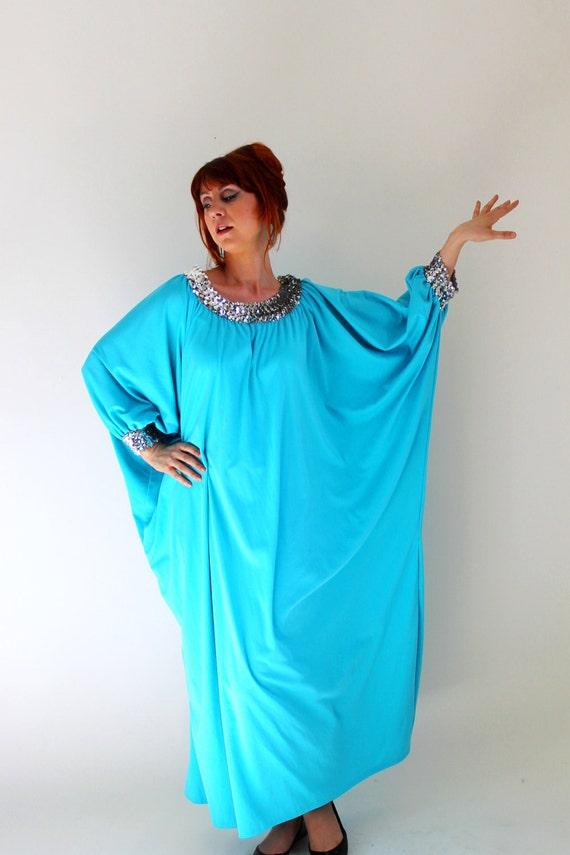 Vintage 1970s Aqua Blue Sequin Caftan Maxi Dress. Beach Cover Up. Resort. Vacation. Summer. Size Large