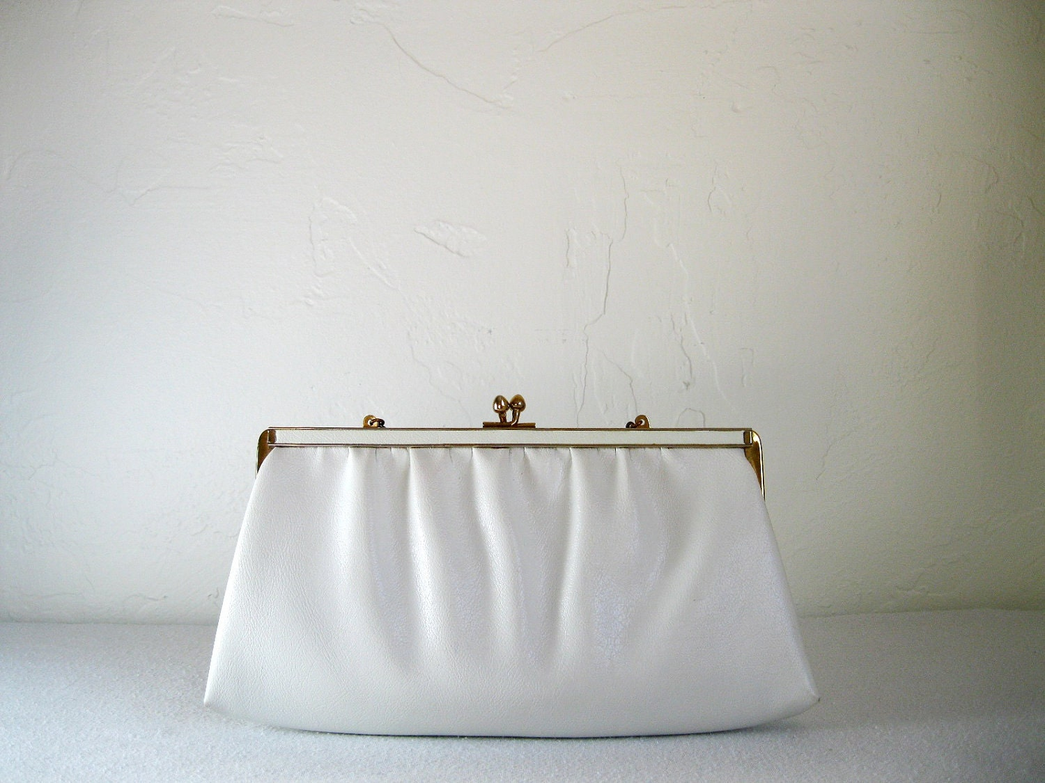 Sale 1950s White Clutch Purse Cocktail Party By Gogovintage